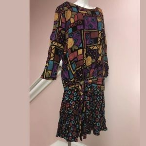 Dresses & Skirts - Vintage ruffled hem Colorblock dress